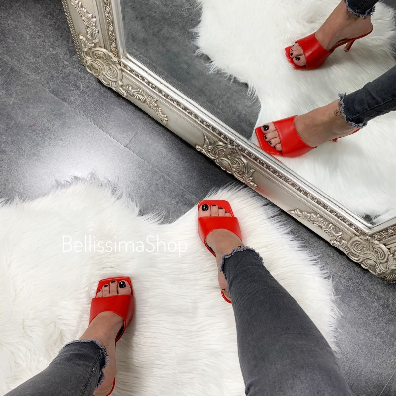 MULES INA ROUGE