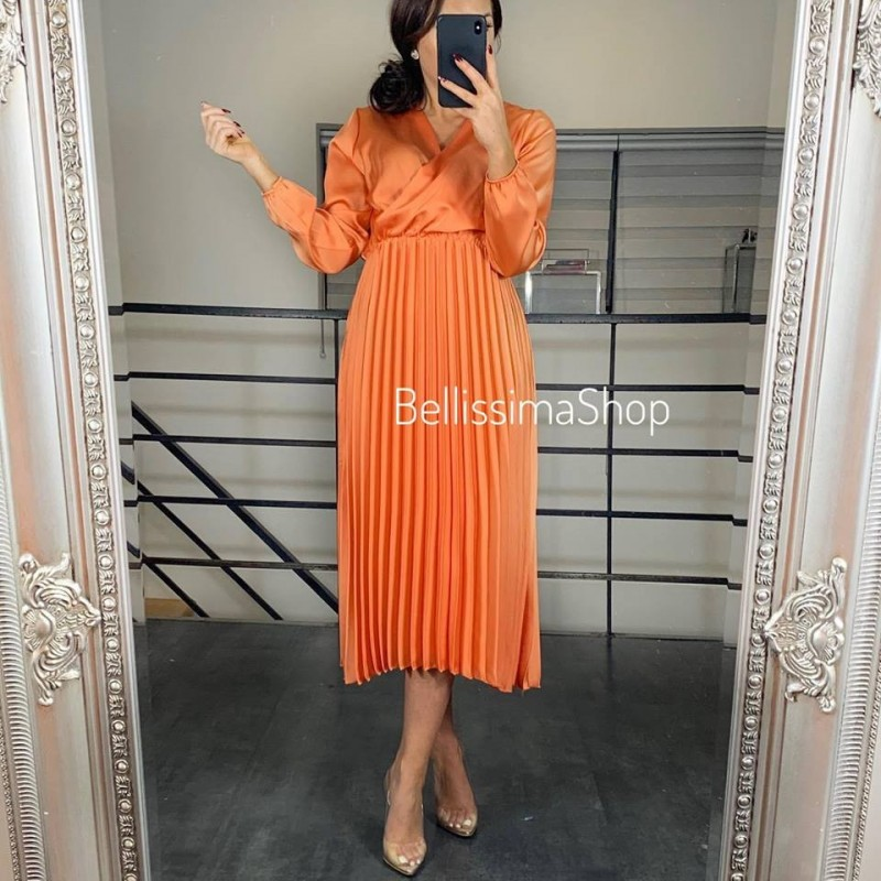 ROBE SATINÉ ORANGE