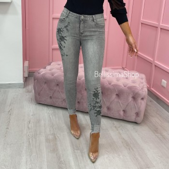 JEANS GRIS CLAIR & BRODERIE